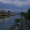川のある街
