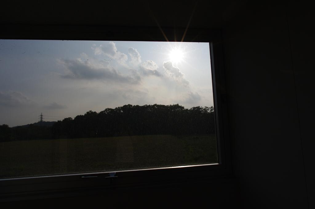 窓の外の。。