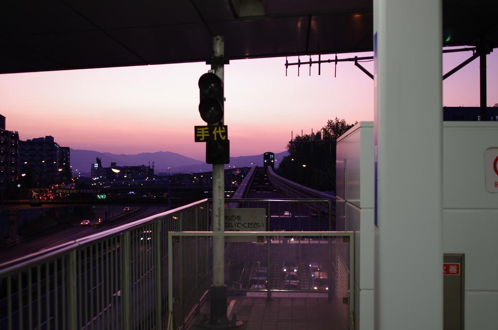 夕方モノレール