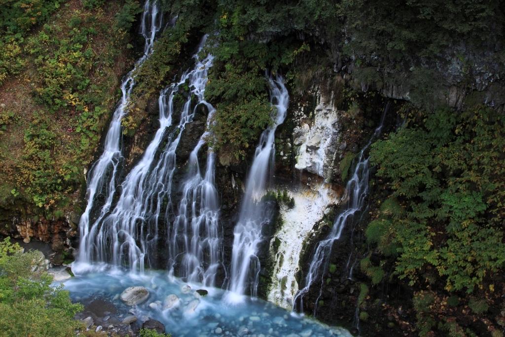白金の白髭の滝