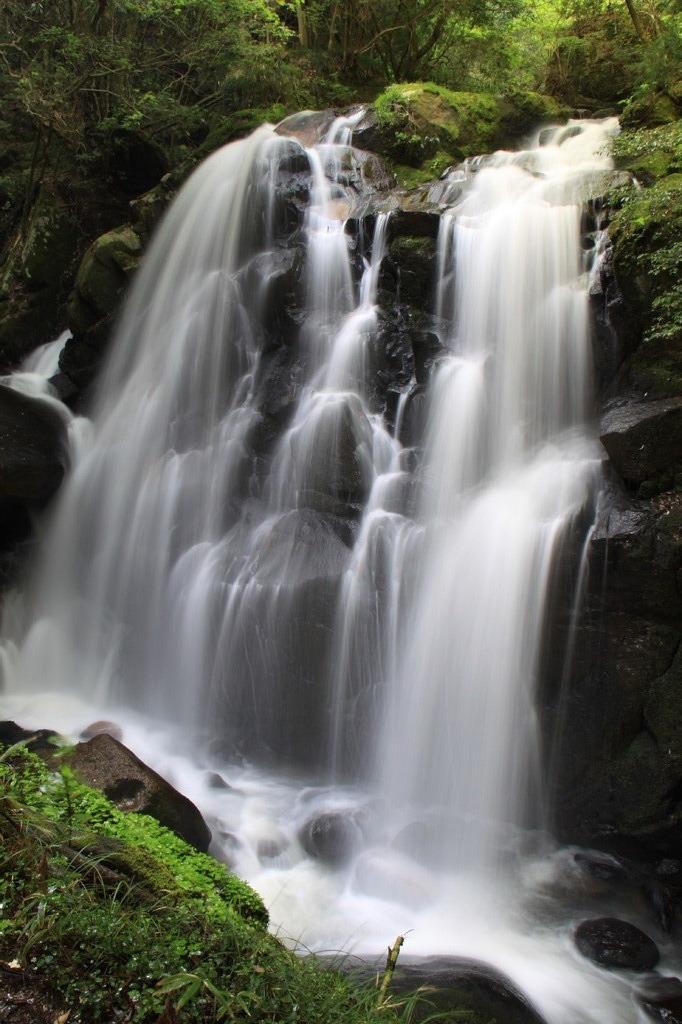 鶏鳴の滝(滋賀)
