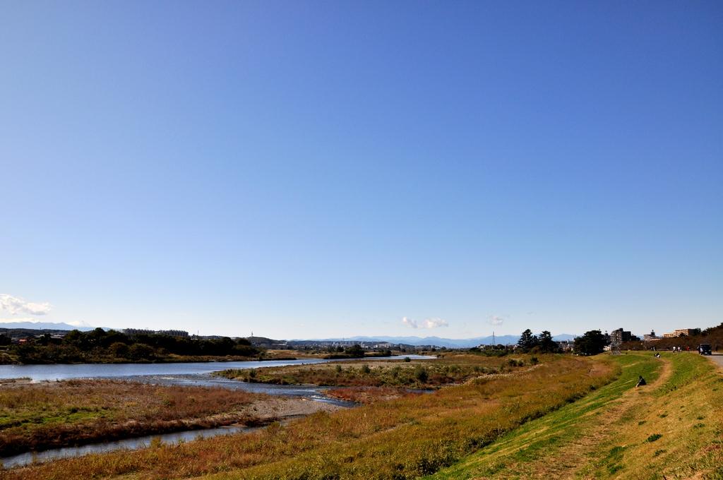 多摩川は秋晴れ