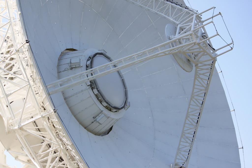 アンテナ直径20m