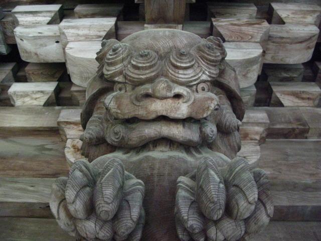 お寺の守り神
