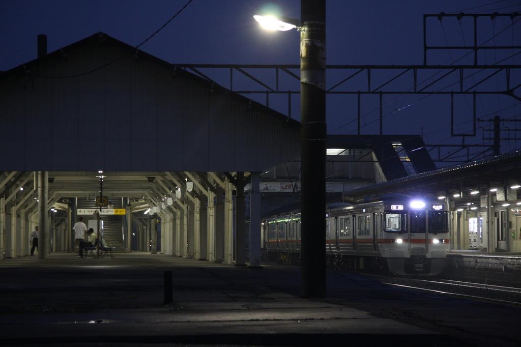 三重 亀山駅