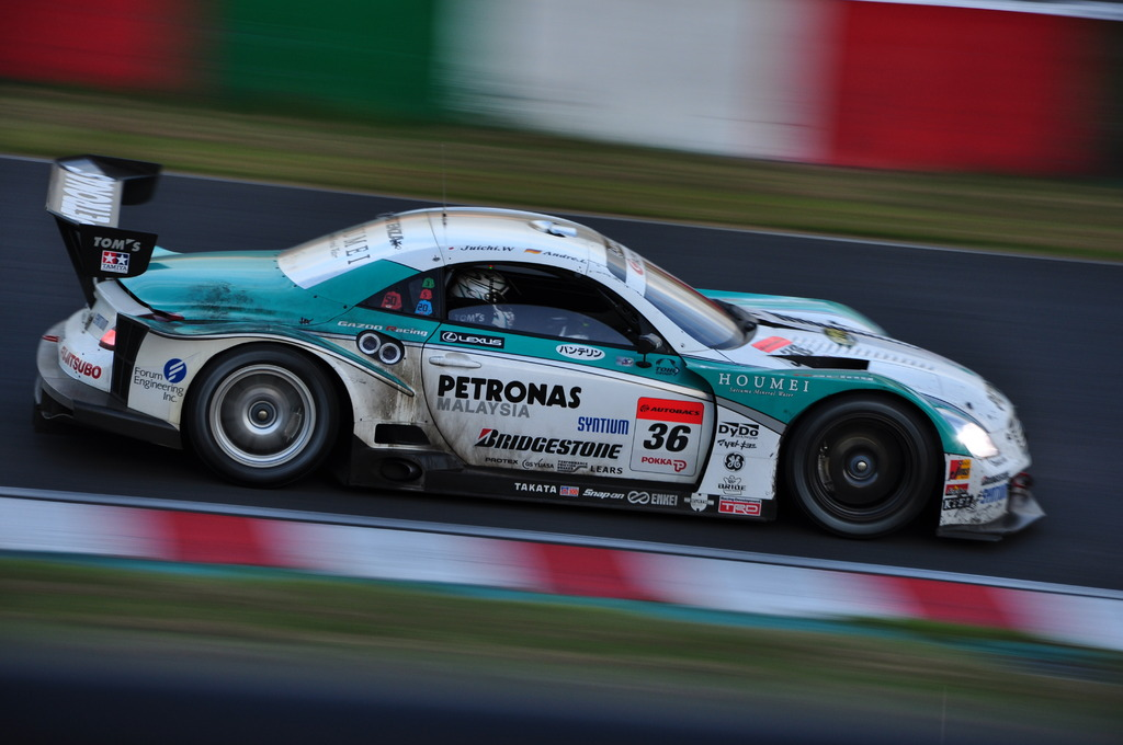 No.36 PETRONAS TOM'S SC430