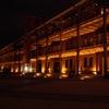 赤レンガ倉庫の裏