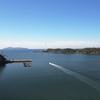 秋晴れの下、外津浦湾よりボートを走らす