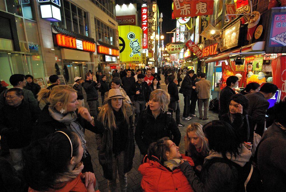 デンマークから日本の繁華街へ
