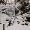 凍りつく九段の滝