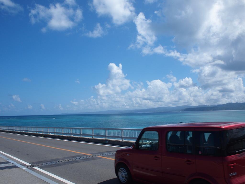 青に囲まれたドライブ