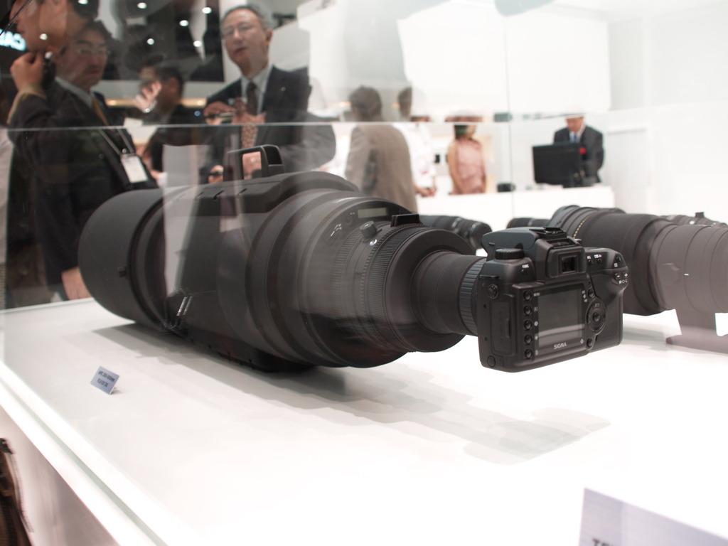 カメラちっちぇ