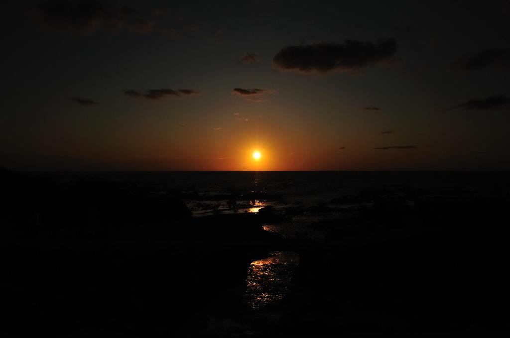 日本海の夕日(ありえないバージョン)