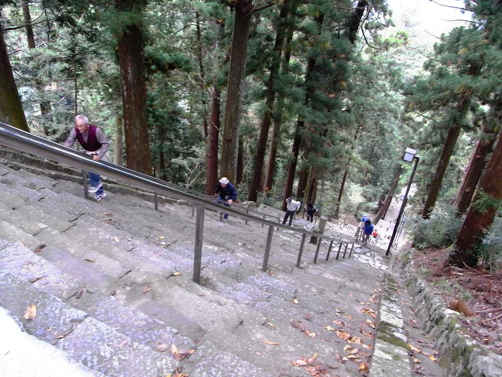 身延山の石段