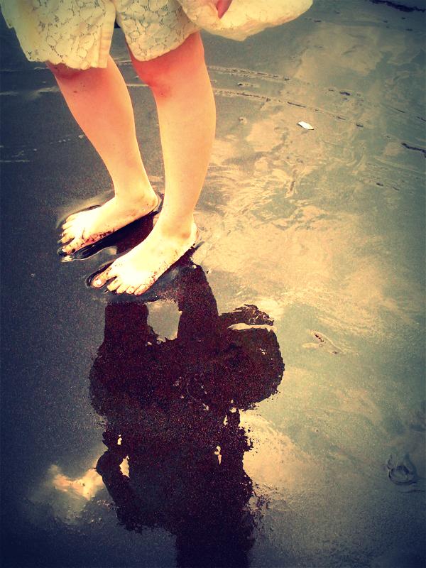 砂浜ひたひた