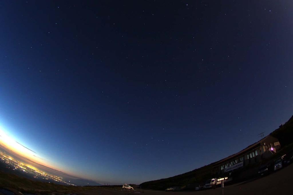月山8合目駐車場の夜景