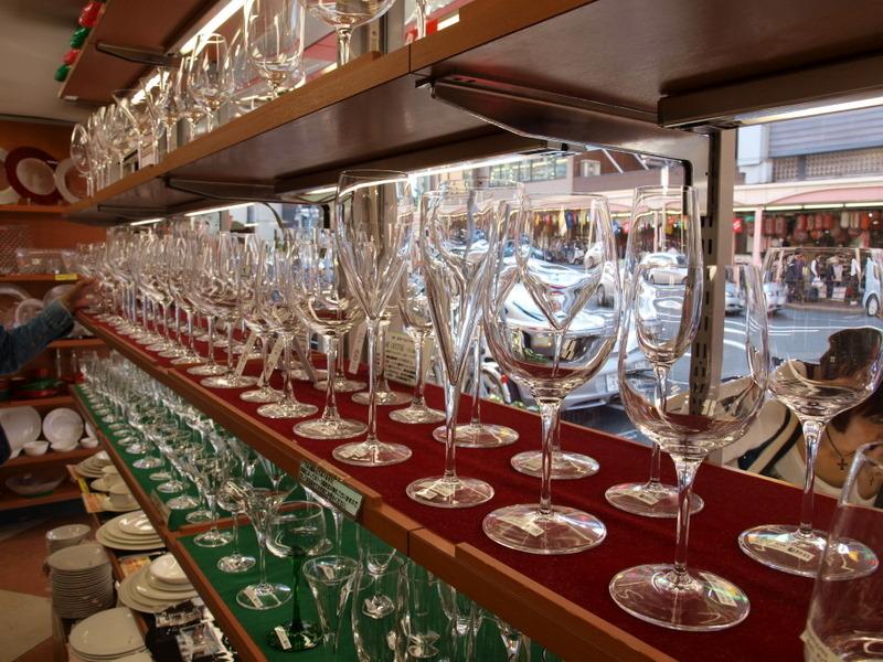 並ぶグラスたち