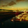黄昏のヨットハーバー