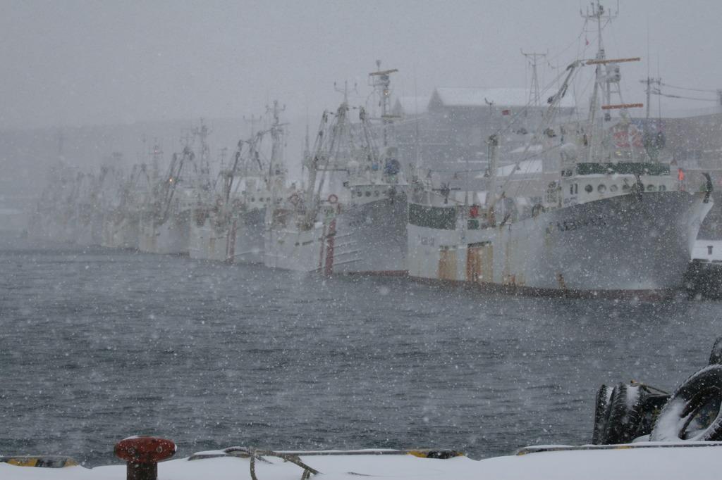 底引き網漁船