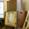 カバンの下のテレビ