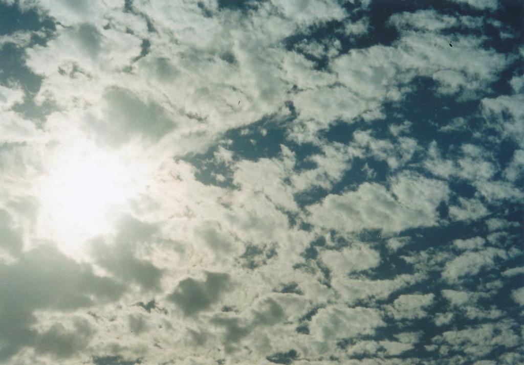 10月の空