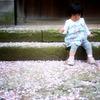 桜小道で休憩中。