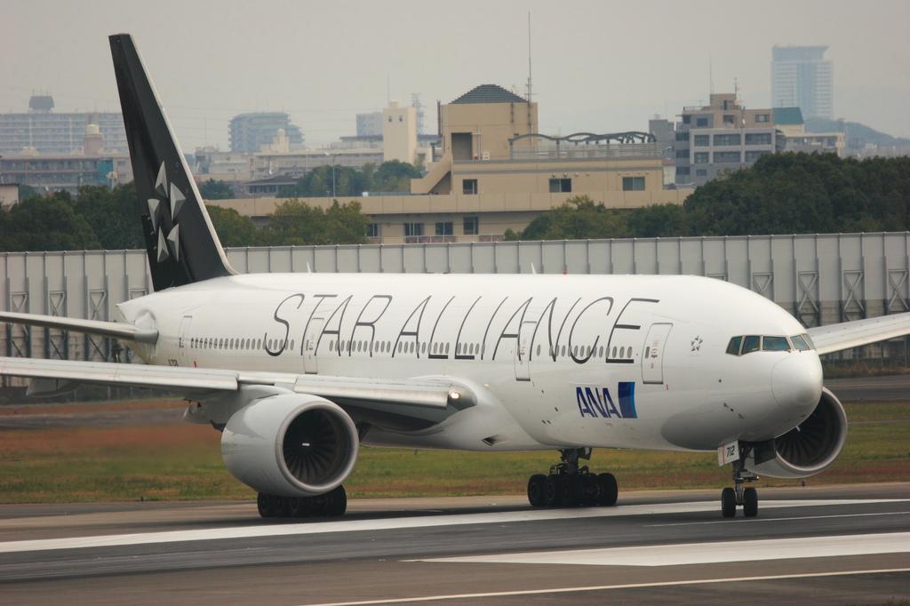 Boeing777-281(JA712A STAR ALLIANCE)