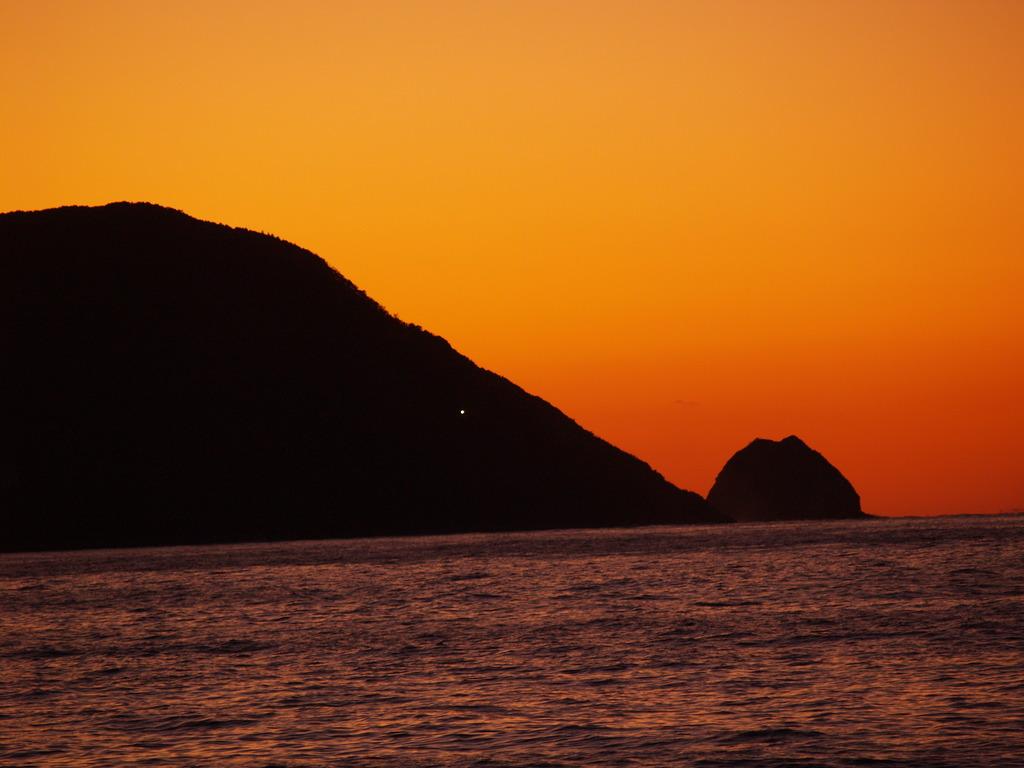日が沈んだ後って・・・今まで気づきませんでした。