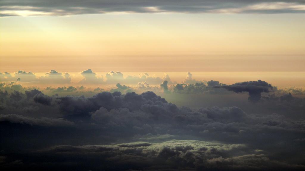 異星の雲海