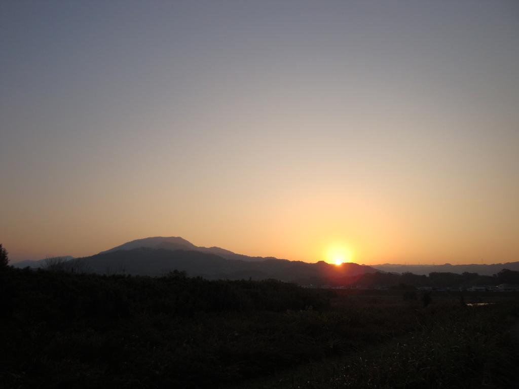 龍門山の日の出