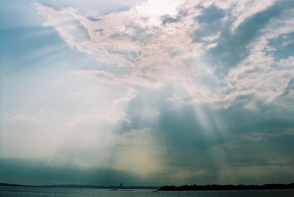 佐久島の海