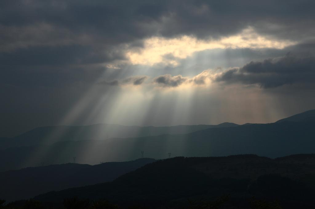 神々しい光