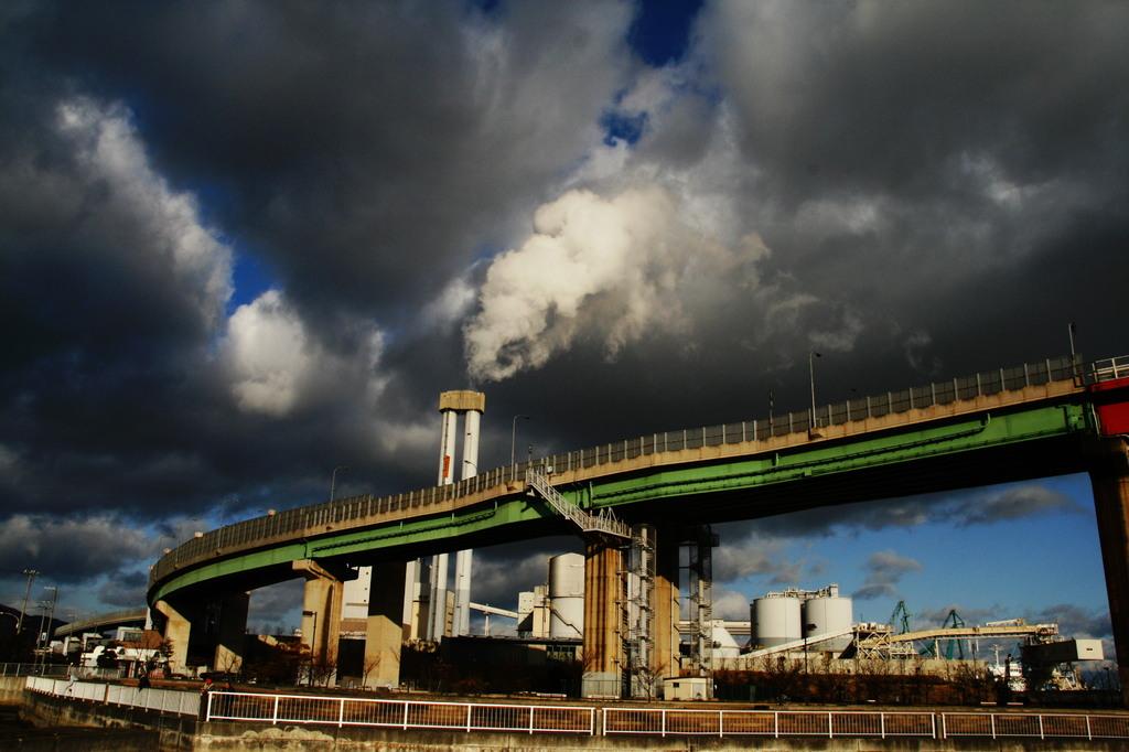 神戸製鉄所とハーバーハイウエイ