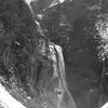 モノクロ称名滝-1