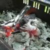 バーベキュー後の炭