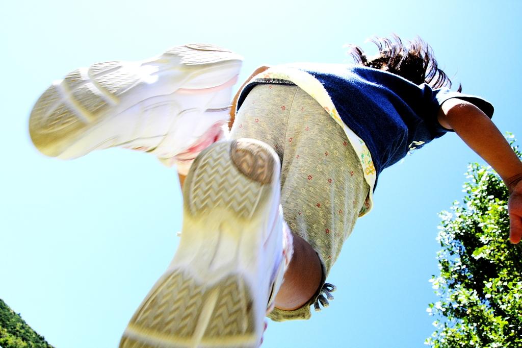 青空へジャンプそしてダイブ!
