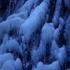 芭蕉の滝の冬