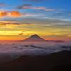 三色富士山