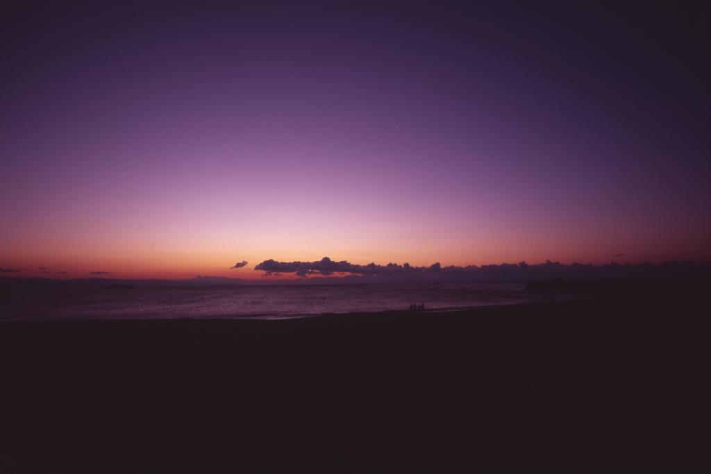日の出まえ