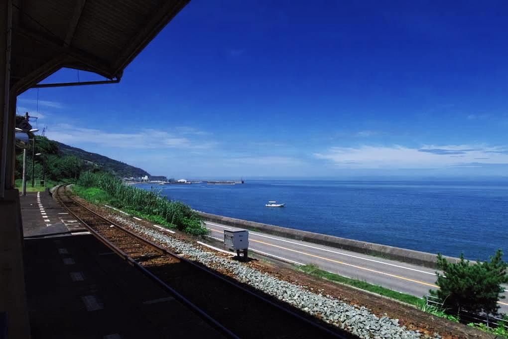 海の見える駅で10