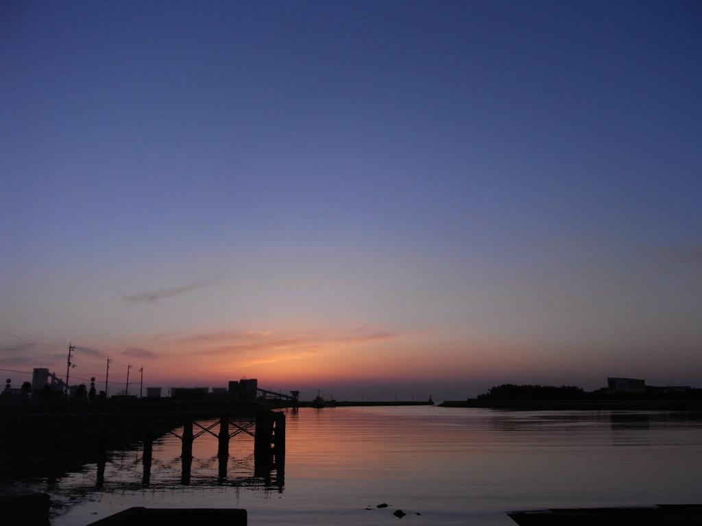 漁港の黄昏