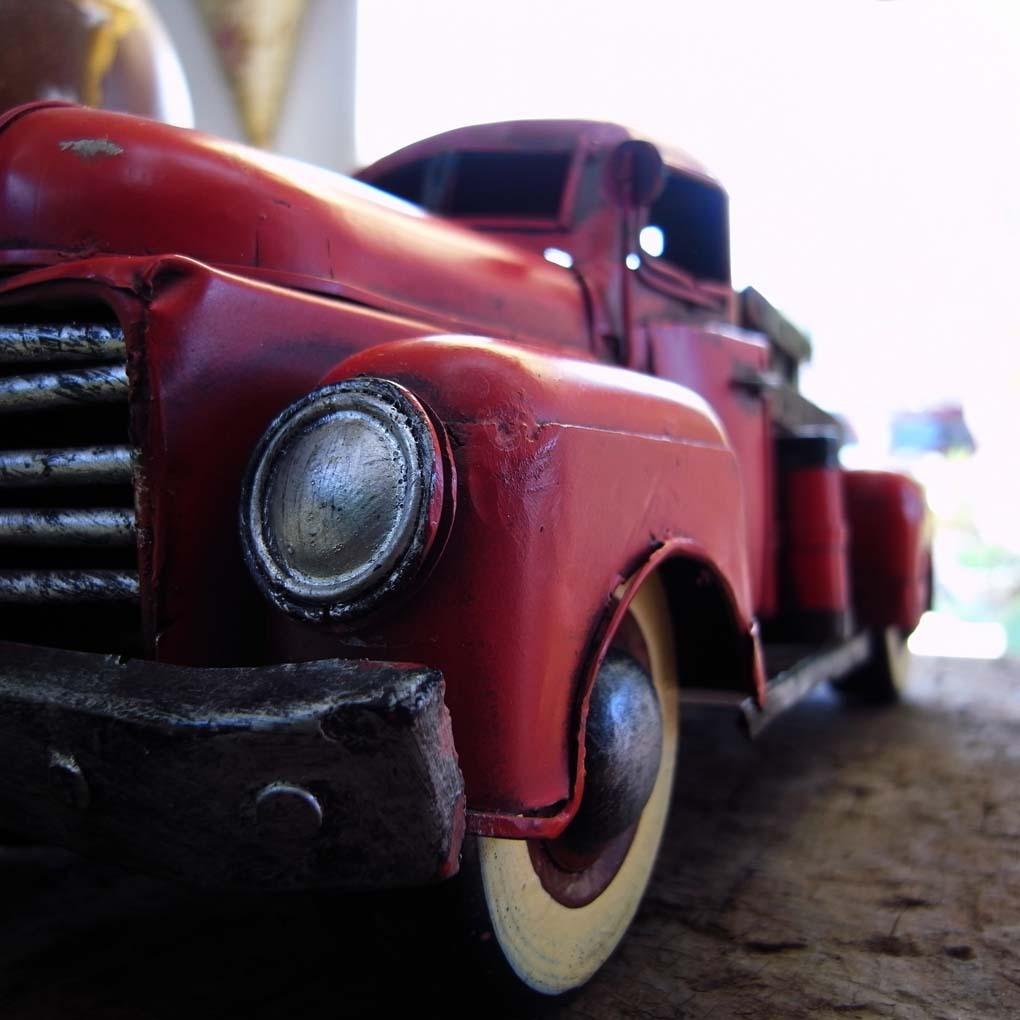 カラーのトラック