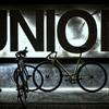 夜の自転車置場