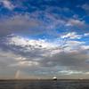 青空と雲と虹。