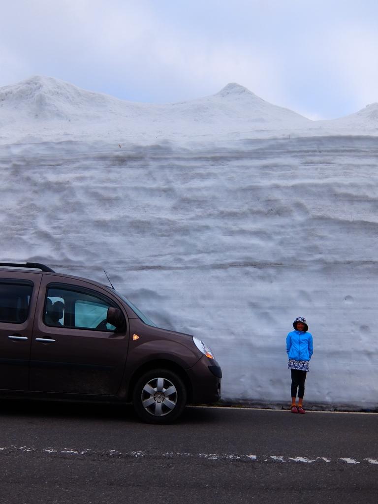 志賀草津道路の雪の回廊。
