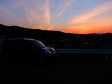 夕陽とカングー