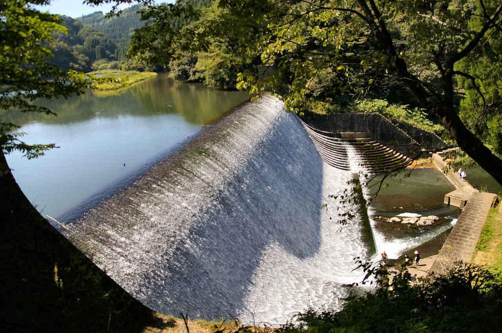 白水ダム2
