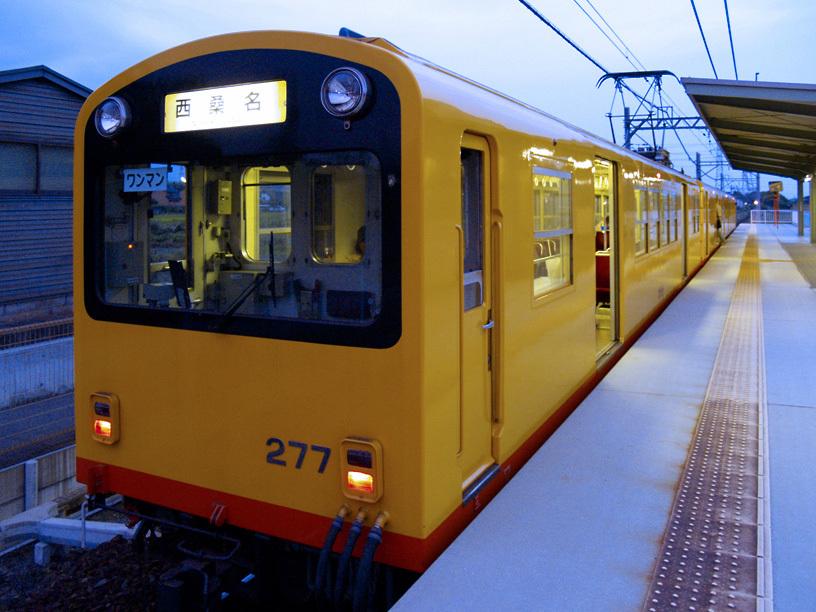 西桑名行きワンマン電車