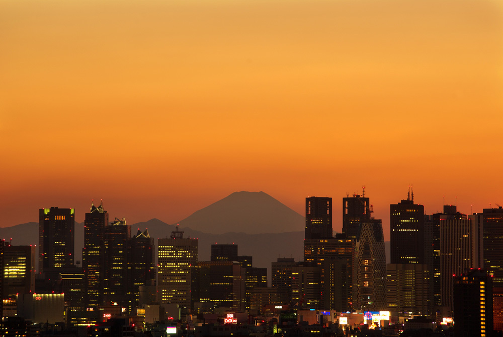 都心から見る富士山