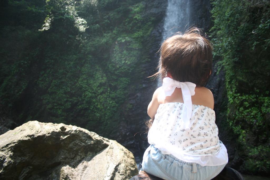 親孝行の滝にて